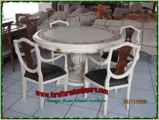 Meja-makan-4-kursi