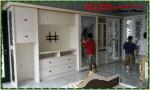 Kamar furniture warna putih